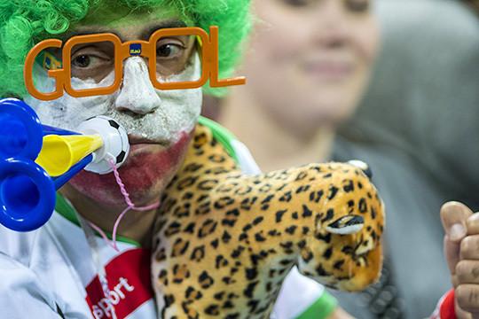 Когда болельщики интереснее команды: Иран проиграл Испании