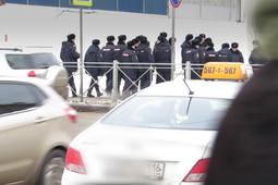 Сотни полицейских патрулируют Казань в ожидании приезда Путина