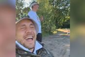 Артем Дзюба на рыбалке: «Кто-то рыбу ловит, а мы хахашечку поймали»
