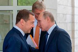 Константин Гаазе: «Медведев устранился сам. Этого не было в плане Путина»
