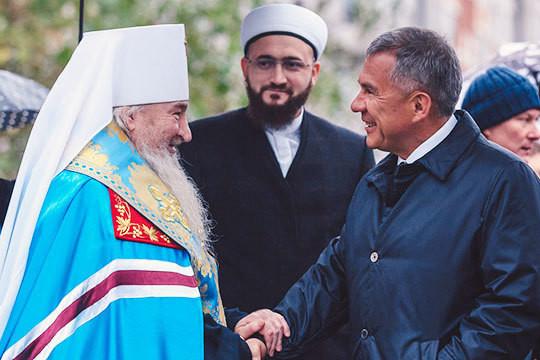 Рустам Минниханов: «Недруги России вновь делают ставку навнесение раскола вобщество»
