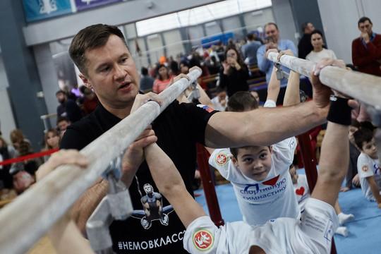 Мастер-класс суперзвезд: как Хоркина и Немов учили детей спортивной гимнастике