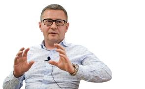 Эдуард Колтун реставратор «За печи на Профсоюзной иностранцы давали миллион долларов»