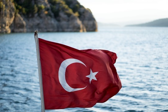 Россия открывает авиасообщение с Турцией