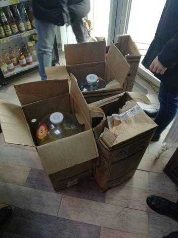 В казанской сети алкомаркетов нашли размешанный с водой спирт