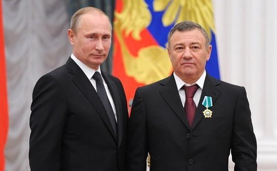 1552288802_Vladimir_Putin_and_Arkady_Rotenberg