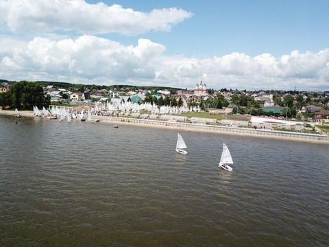 В Лаишевском районе в 7-й раз проходит парусная регата «Камское море». Это красиво
