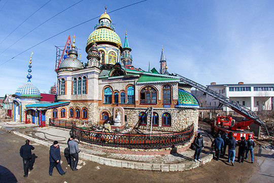 Казанский храм всех религий впервый раз открылся для туристов