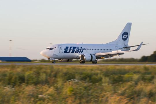 Аудитор UTair допустил риск приостановки деятельности авиакомпании из-за долгов