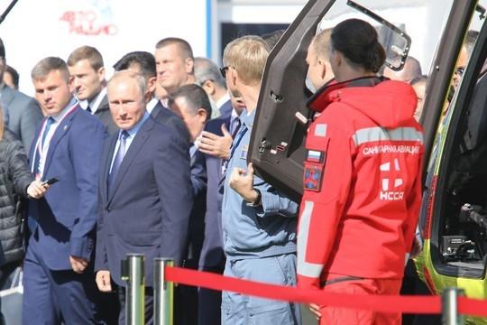На МАКСе впервые показали люксовую версию казанского «Ансата» – Aurus