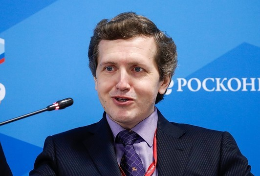 Минфин: Женщины в России после 40 лет финансово подкованы лучше мужчин