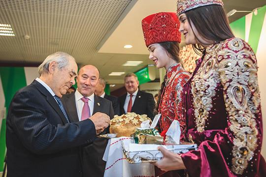 Минниханов: ждём рекордный завсю историю Татарстана урожай