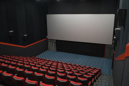 Власти РТ закрывают все кинотеатры, фитнес-центры и игровые комнаты