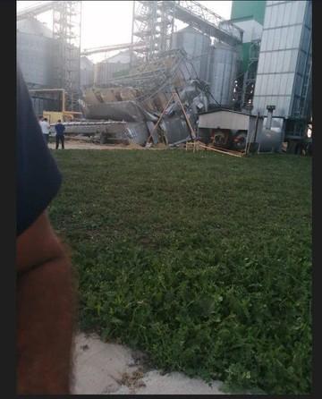 В Татарстане на новом предприятии обрушился блок для сушки зерна – пострадавших нет