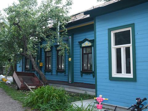 В рамках «Том Сойер Феста» волонтеры восстановили фасад дома Беркутова