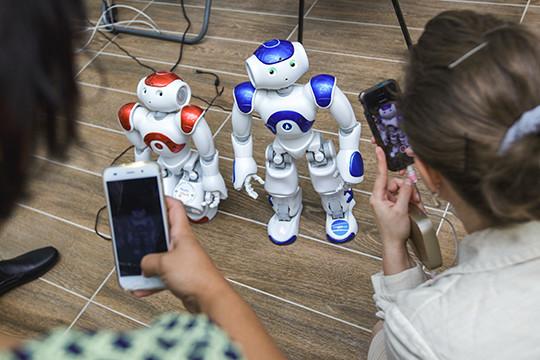 Русские ученые создали эмоционального робота поимени «Гагарин»