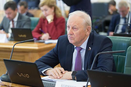 «Благодаря мне построен»: экс-губернатор Свердловской области поддержал идею назвать аэропорт Екатеринбурга в свою честь