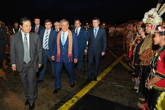 Минниханов предложил развивать сотрудничество между исламскими странами на пленуме вМалайзии