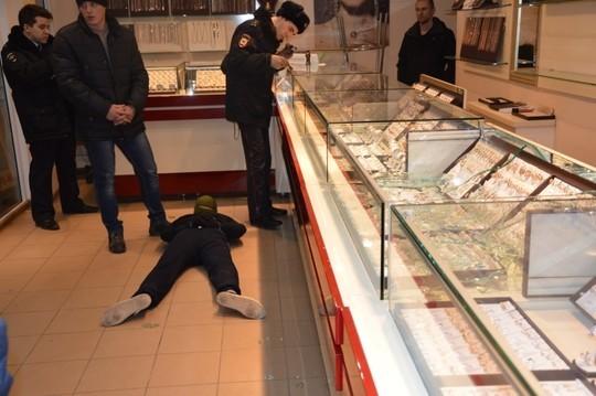 МВД: ВТатарстане раскрыта серия нападений наювелирные магазины