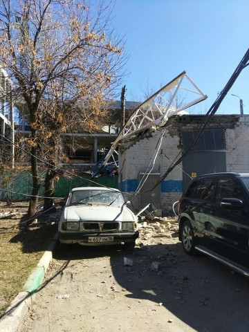 В Казани стрела башенного крана упала на стройке крупного торгово-развлекательного центра
