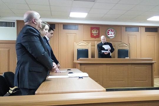 Суд Набережных Челнов отказался арестовать избивших юристов  полицейских
