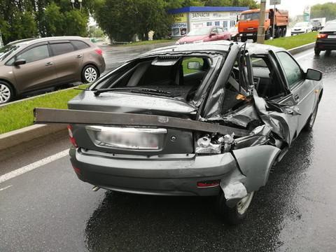 В Челнах тягач столкнулся с легковушкой – есть пострадавшие