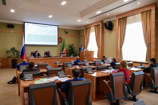 Минниханов обсудил с представителями кредитных организаций антикризисные меры поддержки экономики