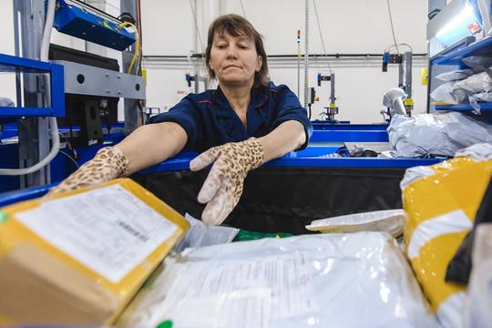«Почта России» занялась сбором пошлин с закупок виностранных электронных магазинах