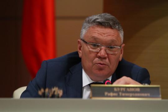 Глава минобразования Татарстана прокомментировал скандал в азнакаевской школе
