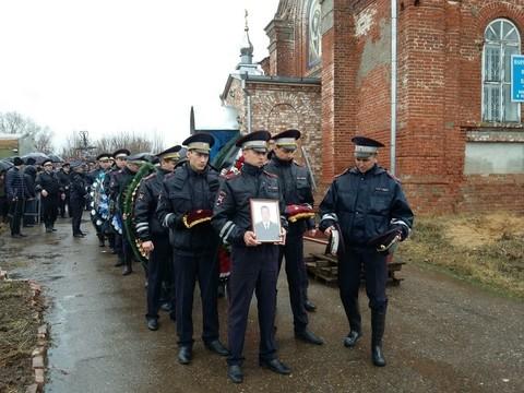 Инспектор ДПС погиб при задержании нарушителя на«БМВ»