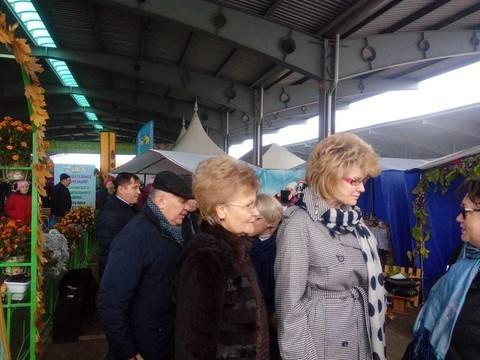 Замминистра просвещения РФ и глава минобрнауки РТ посетили сельскохозяйственную ярмарку в Казани