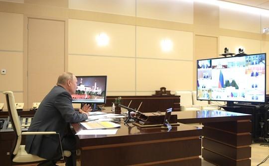 Путин провел совещание по COVID-19. Главное