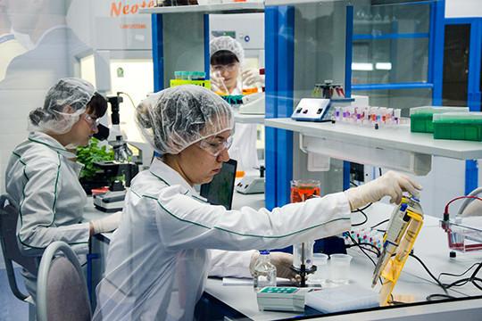 Главный генетик Министерства здравоохранения исключил возможность создания генетического оружия