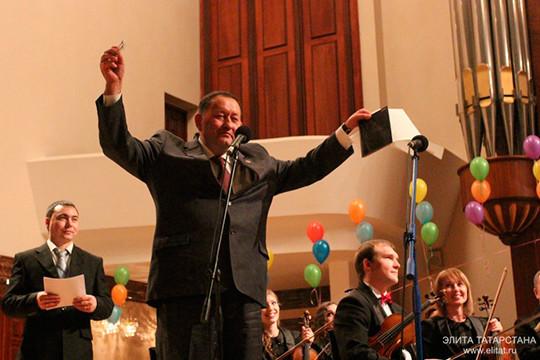 Смена вех в «министерстве праздников и госконцертов»: Айрат Сибагатуллин ушел на пенсию