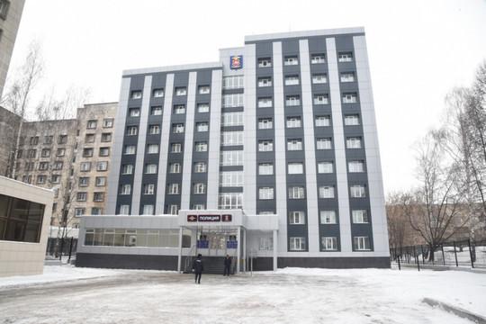Минниханов и Хохорин оценили открывшееся после реконструкции здание отдела полиции «Автозаводский» в Челнах