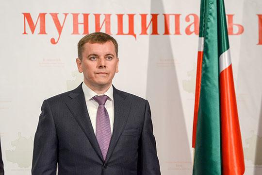 Азат Айзетуллов покинул пост руководителя Буинского района