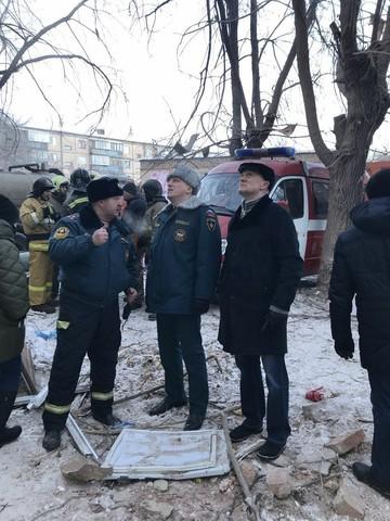 Опубликованы фотографии с места рухнувшего после взрыва газа дома в Магнитогорске