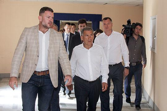 Минниханов возложил цветы к монументу Тукаю в российской столице