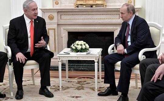Песков рассказал, как себя чувствует Путин при плотном графике встреч