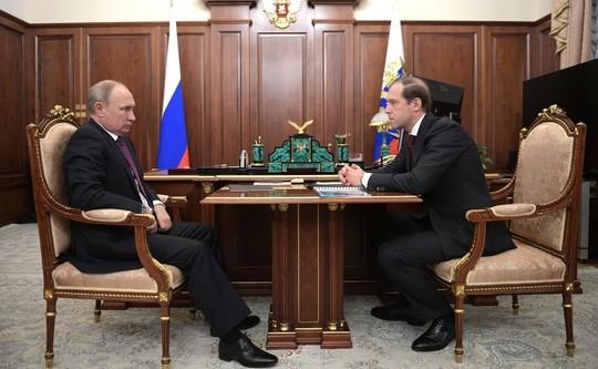 Мантуров объявил, что производители мороженой рыбы закончили подменять треску минтаем