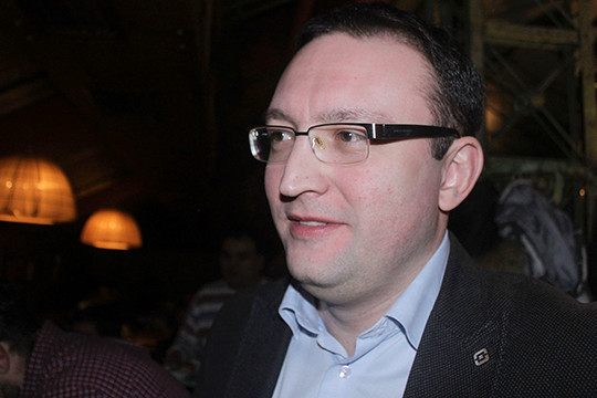 Имущество прежнего пресс-аташе РКН Ампелонского арестовано поделу охищении