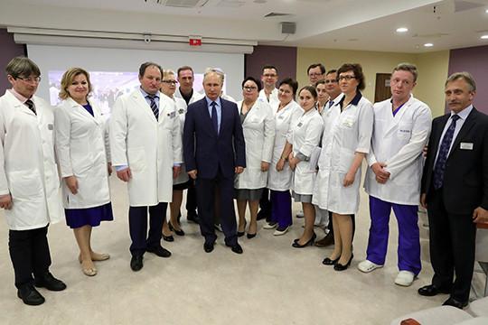 Путин осмотрел новый корпус Морозовской детской городской медицинской клиники