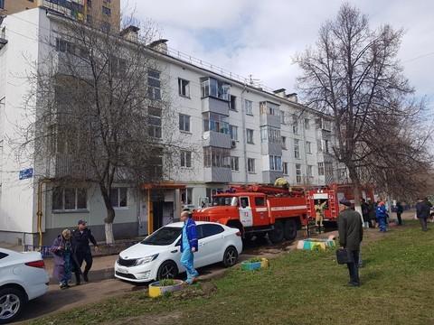 В Челнах в ходе пожара из жилого дома эвакуировали 10 человек