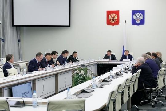 Хуснуллин и Файзуллин провели совещание в минстрое РФ