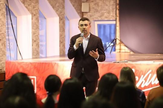 Дамир Фаттахов встретился с ВИЧ-позитивными подростками