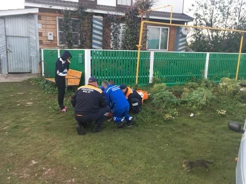 В Татарстане пятилетняя девочка провалилась в сливной колодец и утонула