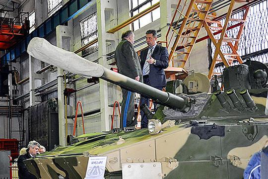 Руководитель Ростеха Сергей Чемезов попросил вице-премьера Рогозина рассмотреть вопрос обанкротстве «Курганмашзавода»