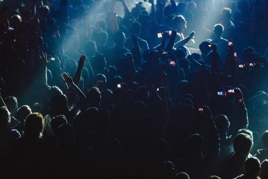 Онлайн клубы москвы закрытый клуб в казани