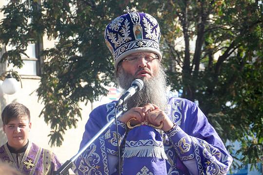 Архиерей УПЦ назвал Порошенко «современным гонителем церкви»