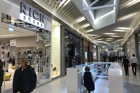 В «Меге» открылся первый бутик холдинга VIP Group не в формате  стрит-ретейла – обувной Rich Shoes cd215b8e5ad